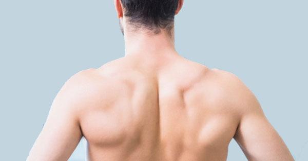 súlycsökkenés hátfájást okozva