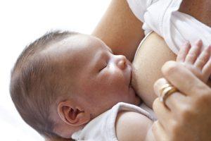 miért veszítik el a csecsemők születési súlyukat