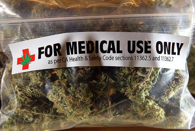 marihuánát használ a fogyáshoz)
