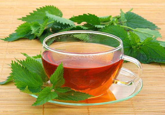 a forró tea segíti a fogyást)