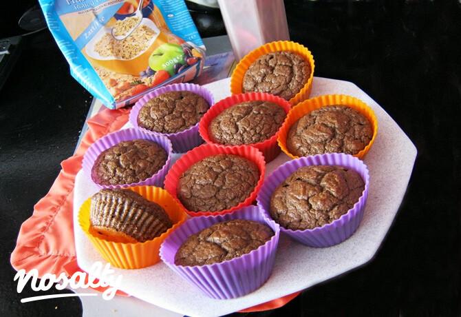 Egyszerű diétás csokis muffin   Salátagyár   Sweets, Gf recipes, Food