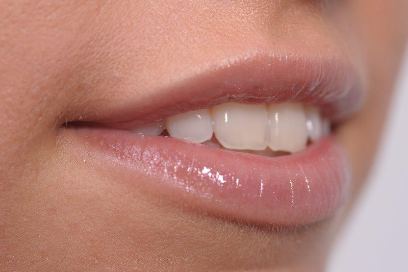hogyan lehet eltávolítani az ajkak zsírját a fogyás hátrányainak leküzdése